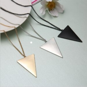 KISS-WIFE-2018-Black-Gold-Silver-Jewelry-Female-Punk-Triangle-Simple-Retro-Long-Sweater-Chain-Necklace.jpg